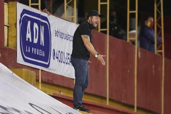 Jafet Soto durante el juego de Herediano ante Alajuelense. Fotografía José Cordero