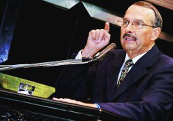 Guillermo Zúñiga pidió más recursos para invertir.   GARRETT BRITTON