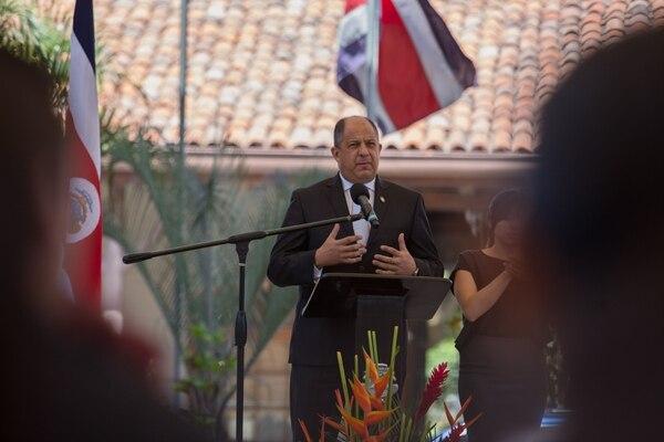 El presidente Luis Guillermo Solís habló este lunes sobre su gira a EE. UU. después de participar en la actividad del 66 aniversario del CEN-CINAI.