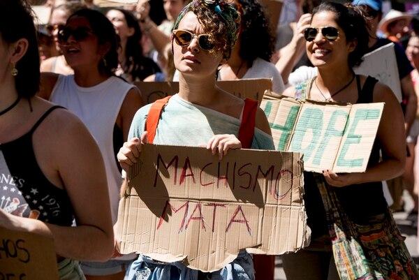Marcha en San José Centro. Foto: Luis Navarro