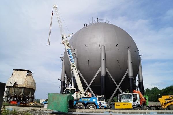 Recope utilizará los recursos otrogados por los bancos BNP Paribas y Société Générale para financiar la construcción de cuatro esferas de almacenacmiento de gas licuado.