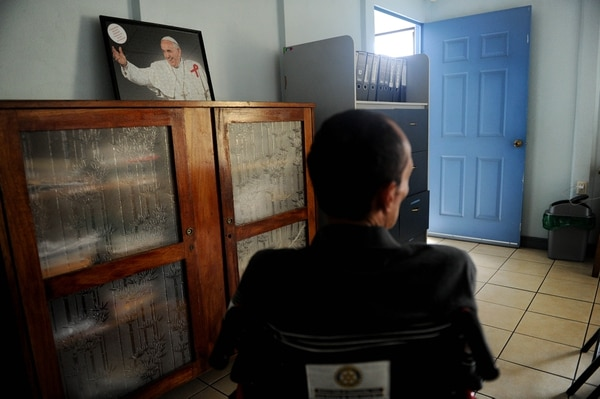 En el Hogar Nuestra Señora de la Esperanza, en Cartago, algunos pacientes con VIH reciben terapias psicológicas, físicas y espirituales. Fotos Melissa Fernández