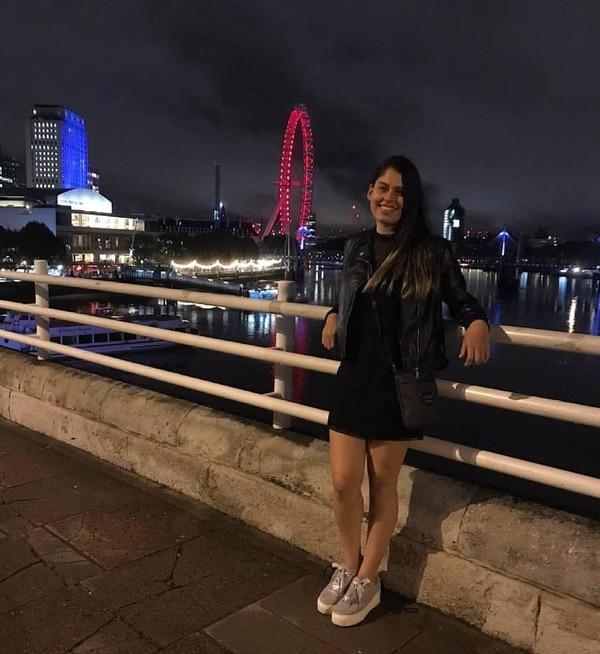 La costarricense Tania Cordero volvió al país hace un mes, luego de estar en Londres como niñera.