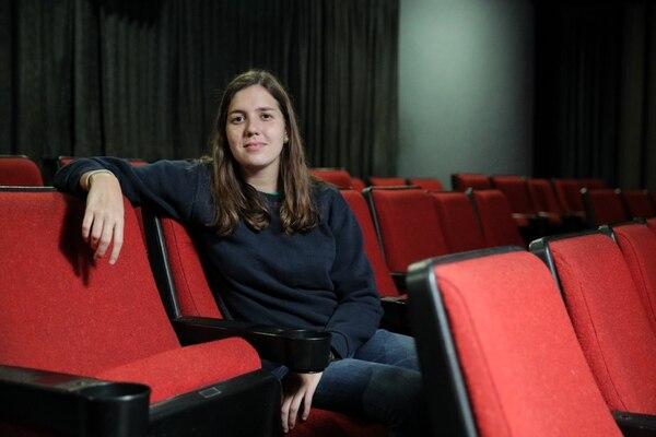 Isabella Mesalles Baker, de 27 años, es ahora administradora de la Sala Garbo, el Teatro Lawrence Olivier y el bar Shakespeare. Foto: Jeffrey Zamora