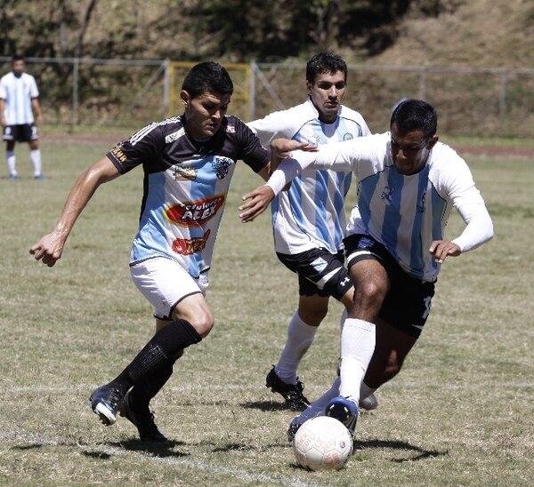ArchivoAs Puma ganó 0-1 en la cancha del Ecológico, gracias a un gol de Luis González.