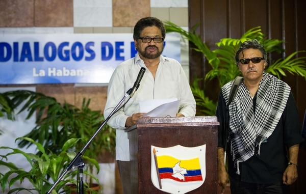 """""""Nunca antes la participación directa de quienes han sufrido las consecuencias directas de la guerra ha aportado tanto a un proceso de paz"""", dijo el número dos de las FARC, Iván Márquez"""