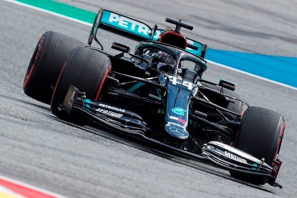Mercedes' British driver Lewis Hamilton steers his car during the Formula One Styrian Grand Prix race on July 12, 2020 in Spielberg, Austria. (Photo by Darko Bandic / POOL / AFP)