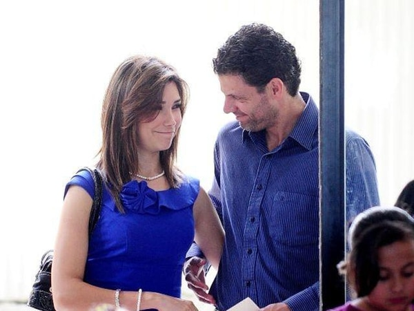 fue captada a principios de setiembre, cuando Rodríguez y Zamora asistieron a la boda de una compañera del canal. ArchivoEsta fotografía