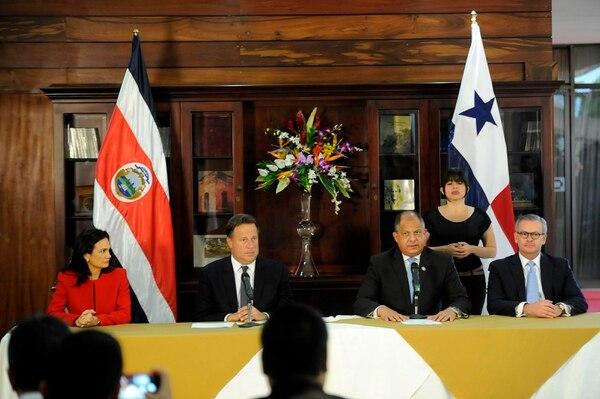 El presidente de Panamá, Juan Carlos Varela y su vicepresidenta, Isabel de Saint Malo, fueron recibidos en Casa Presidencial el mandatario costarricense, Luis Guillermo Solis, y el canciller de la Repúiblica, Manuel González.