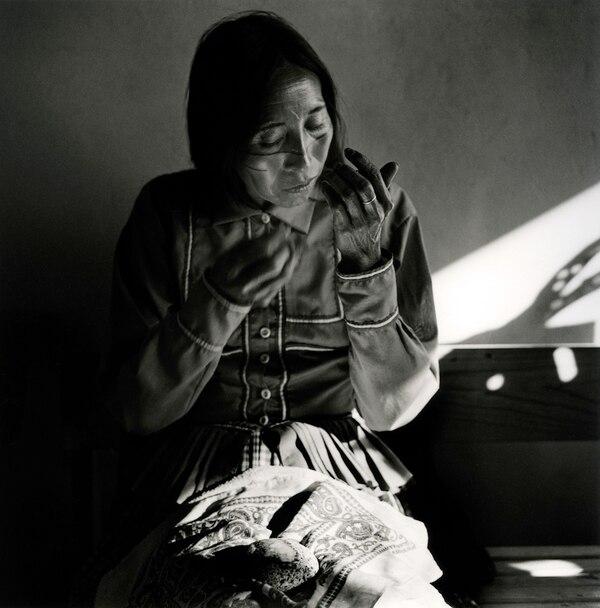 Angelita (1979), una mujer seri. Cortesía del Instituto de México.