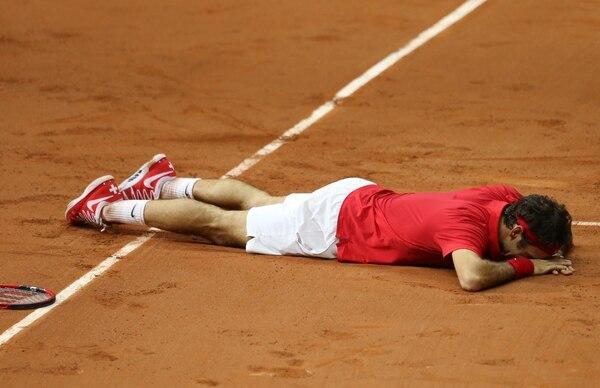 Roger Federer no podía creer el triunfo en la Copa Davis tras vencer a Gasquet.