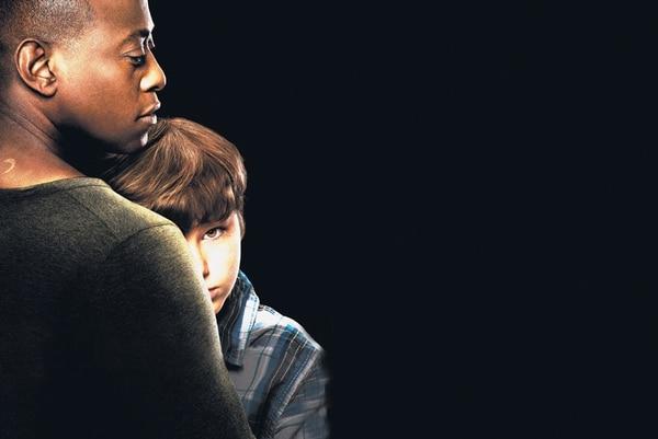 El actor Landon Gimenez, de 11 años, lleva sobre sus hombros todo el peso de la historia que se desarrolla en la serie Resurrection Él interpreta a Jacob, el primer habitante de Arcardia que vuelve a la vida. | AXN PARA LN