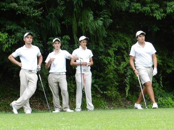 Los ticos practicaron ayer antes de la tercera ronda. | ANAGOLF PARA LN