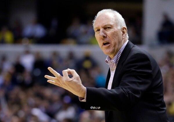 Gregg Popovich ganó por tercera vez el premio a mejor técnico de la temporada en la NBA.