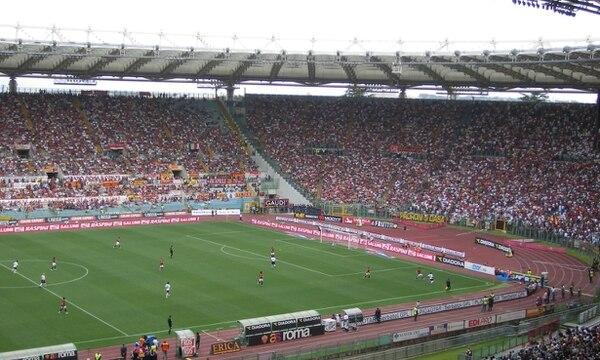 Los incidentes violentos tuvieron lugar el 3 de mayo de 2014 en Roma, antes de la final de la Copa de Italia entre Nápoles y Fiorentina.