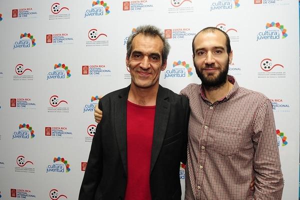 Exposición. Alejo Crisóstomo (derecha) llevará el filme al festival Ícaro en noviembre. Padre es protagonizada por César Maurel (izquierda). Alexánder Caravaca.
