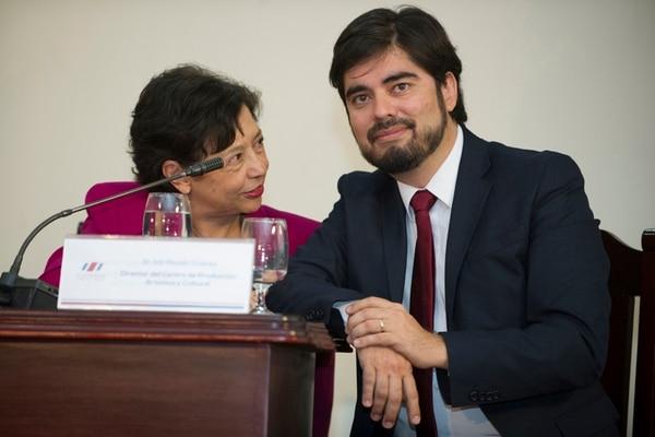 Al frente. La ministra de Cultura, Elizabeth Fonseca, y el director del festival, Inti Picado. Luis Navarro.