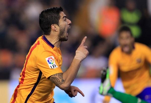 Luis Suárez está encendido con el Barcelona y volvió a marcar para el cuadro azulgrana.