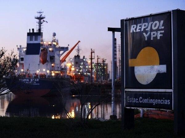 En mayo del 2012 Argentina aprobó la expropiación de YPF. | ARCHIVO