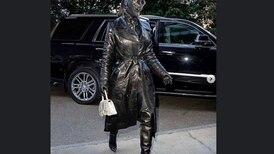 Kim Kardashian sorprende con un atuendo de cuero de pies a cabeza