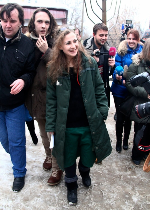 María Alekhina la primera en ser liberada, dijo no creer en la amnistía que la puso fuera de la cárcel pues le parece un acto propagandístico.