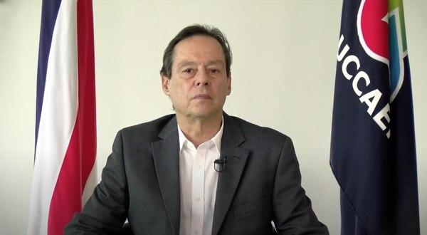 El presidente de la Uccaep, José Álvaro Jenkins, afirma que accedió a las conversaciones con 'Rescate Nacional' motivado por la falta de acciones para eliminar los bloqueos. Foto: Captura de pantalla