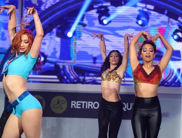 Lucía, Alhanna y Yessenia son parte del staff de bailarines de esta quinta temporada. Foto: Graciela Solís