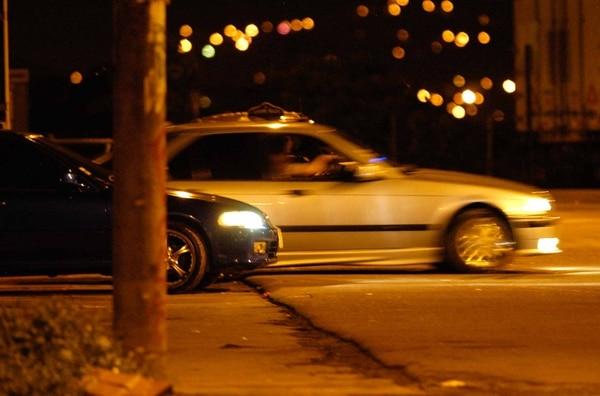 Para las autoridades, para que ocurra un pique deben estar involucrados dos vehículos y una señal de partida.