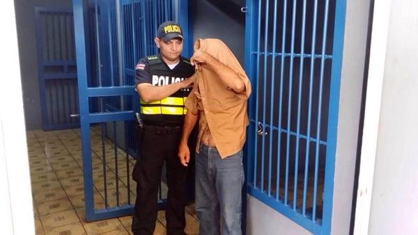 El sujeto fue trasladado de Buenos Aires a Pérez Zeledón, para afrontar el delito que se le imputa.