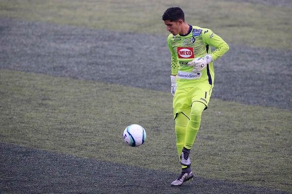El arquero Luis Diego Rivas fue el estelar de Cartaginés en la temporada 2017-2018. Para el Apertura 2018 perdió el puesto con Darryl Parker. Fotografía: Rafael Pacheco.