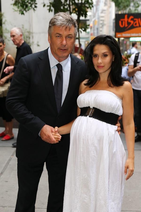 Alec Baldwin y su esposa Hilaria son papás de una niña