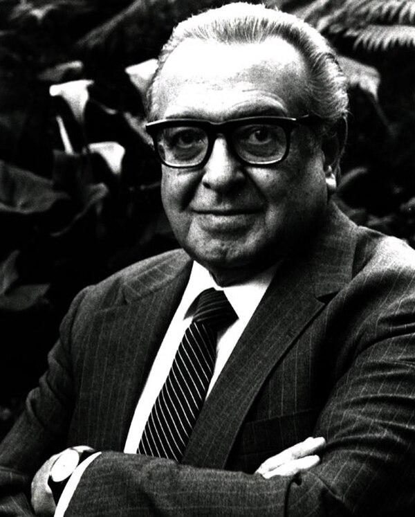 Pedro Ramírez Vázquez(1919- 2013) diseñó también una docena de mercados populares de México. Fotografía: Wikicommons.