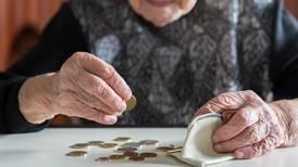 OIJ: El 80% de los delitos en perjuicio de adultos mayores los cometen sus mismos familiares