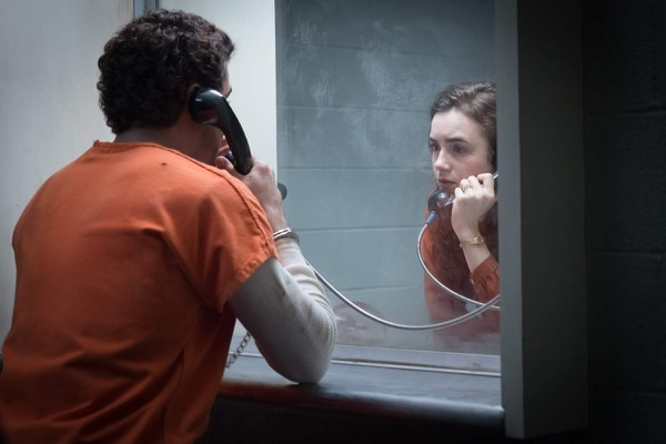 Zac Efron y Lily Collins en secuencia emotiva del filme sobre un asesino en serie. BALUN PARA LN