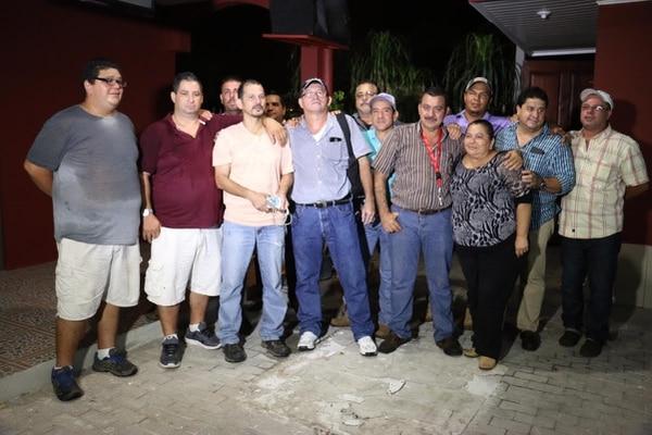 Iván Angulo Arias, actual regidor del Movimiento Libertario en Pococí, y Orlando Barrantes, dirigente sindical quedaron libres la noche de este miércoles y ahora deberán firrmar cada 15 días en el Juzgado.