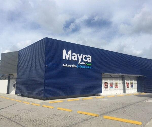 La apertura en Guápiles generó siete empleos directos, los cuales beneficiaron a vecinos de la zona.
