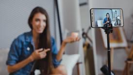 MEIC pide a 'influencers' seguir nueve reglas para hacer publicidad más transparente en redes sociales