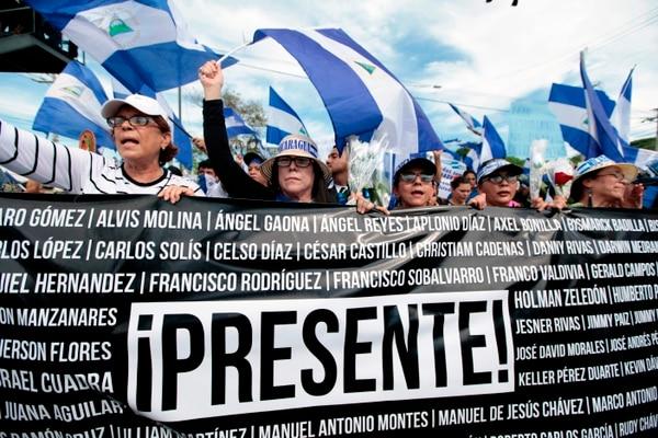 Decenas de madres nicaragüenses participaron en una marcha de apoyo al movimiento