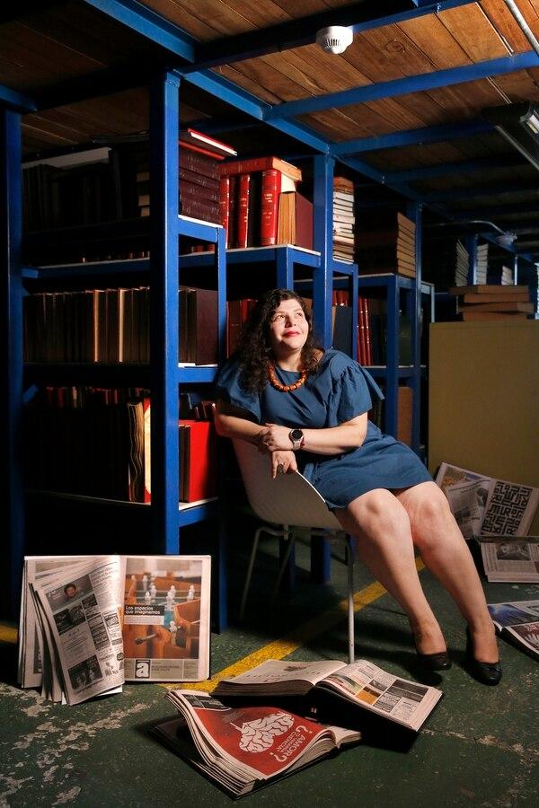 El archivo de Grupo Nación alberga más de 20 años de trabajos periodísticos de Doriam Díaz. Foto: Albert Marín