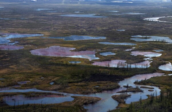Así se apreciaba la contaminación con diésel del río Norilsk, en el Ártico ruso, en junio del 2020. AFP