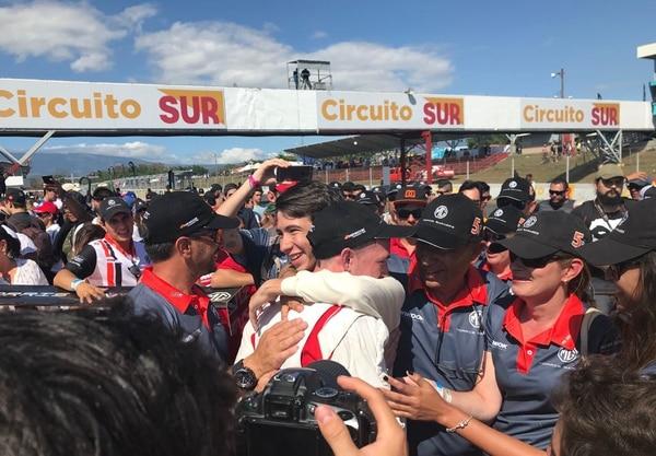 Manrique 'Pipe' Valverde y su hermano Bernal Valverde, piloto de la escudería MG, demostraron tener buenos genes para el automovilismo. Fotografía: Juan Diego Villarreal