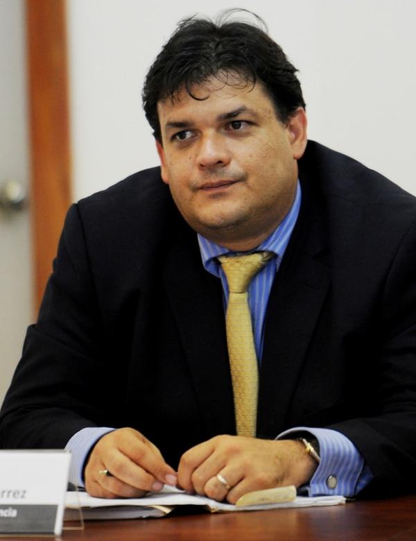 El viceministro Daniel Soley emitió un comunicado ayer en el que dice que el presidente Luis Guillermo Solís aclaró la posición del Gobierno ante la procuradora Ana Lorena Brenes. | MARCEL BERTOZZI