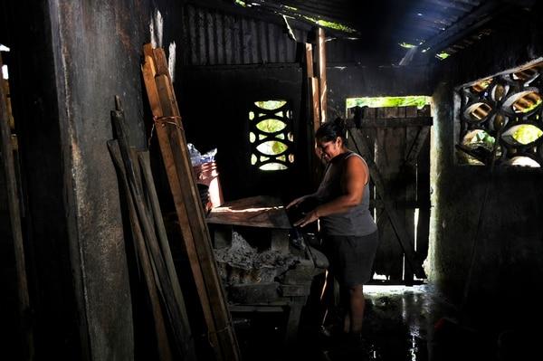 Miercoles 28 de octubre 2015, Moín Limón, un recorrido a familias limonenses las cuales carecen de recursos para vivir. El porcentaje de hogares pobres en Costa Rica pasó de 20,5%, en el 2016, a 20% en el 2017. Foto: Rafael Murillo