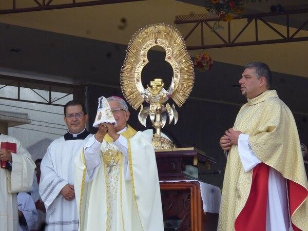 En el 2013, el vestido seleccionado para la imagen lucía el escudo de Cartago en honor al aniversario de su fundación.