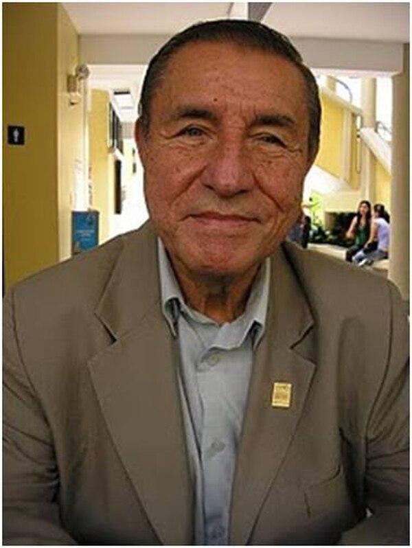 Haste setiembre de 2017, Rigoberto Quirós presidió el Tribunal de Honor y Ética del Colegio de Periodistas, institución en la que fue uno de sus fundadores. Foto: Facebook.