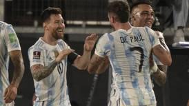 Conmebol: Colombia detiene a Brasil mientras Argentina hinca a Uruguay