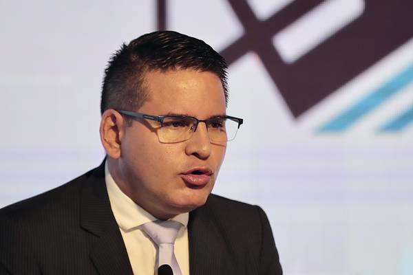 Fabricio Alvarado propone explotar recursos naturales para bajar la deuda