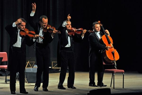 Con cada ocurrencia de Filip Jaslar, Michal Sikorski, Bolek Blaszczyk y Pawel Kowaluk, los presentes se reían a carcajadas. Foto: Mayela López