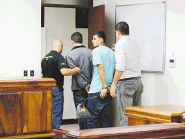 Los sentenciados fueron custodiados por el OIJ. | REINER MONTERO.