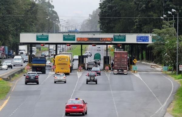 El peaje de la carretera que comunica con Cartago es uno de los que quedará suspendido.
